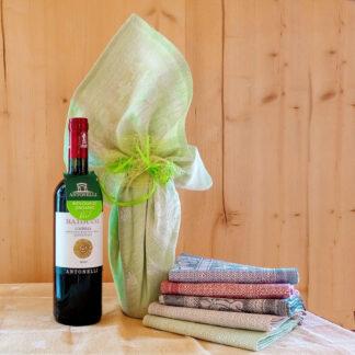 vino Baiocco rosso nel canovaccio